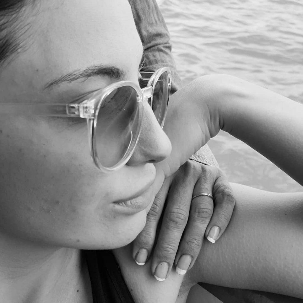 Lips and Hands! #blackandwhite #bnw #monochrome #instablackandwhite #monoart #insta_bw #bnw_society #bw_lover #bw_photooftheday #photooftheday #bw #instagood #bw_society #bw_crew #bwwednesday #insta_pick_bw #bwstyles_gf #irox_bw #igersbnw #bwstyleoftheday #monotone #monochromatic#noir #fineart_photobw