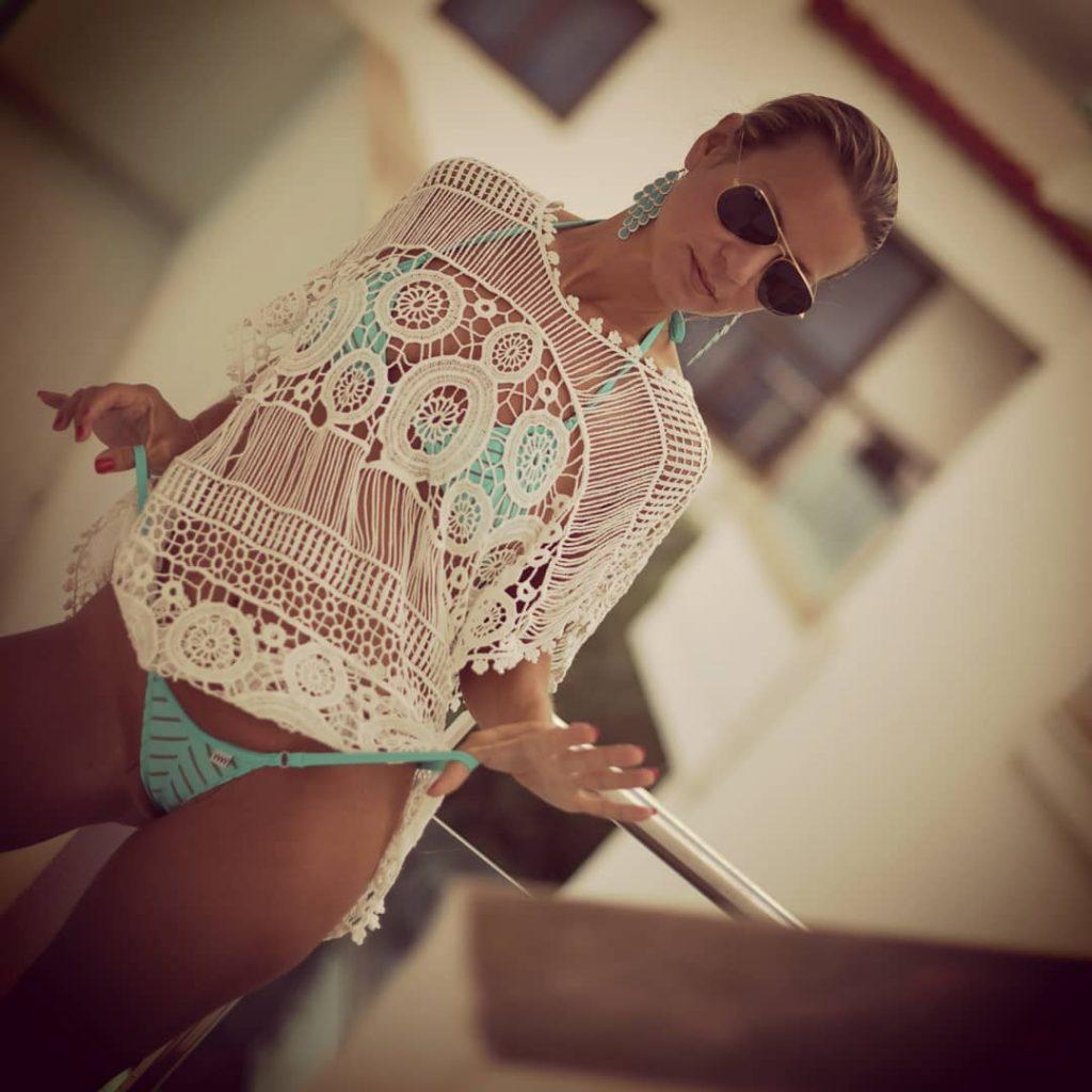 In The Morning! #bikini #bikinicompetitor #bikinifitness #bikinimodel #bikinigirl #bikinilife #bikiniseason #bikiniready #sexybikini #bikinicompetition #bikinilovers #coffee #coffeetime #coffeelover #coffeebreak #coffeeaddict #coffeeshop #coffeelovers #ibiza #ibizastyle #iloveibiza #loveibiza #ibizalove #ibizatown #ibizafashion #ibizagirl #ibizaparty #ibizabeach #microminimus #wickedweasel