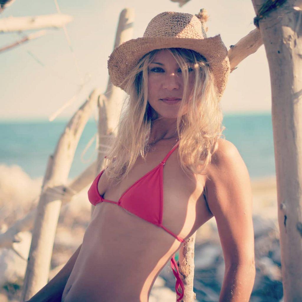 Red Cowboy! #bikini #bikinicompetitor #bikinifitness #bikinimodel #bikinigirl #bikinilife #bikiniseason #bikiniready #sexybikini #bikinicompetition #bikinilovers #beach #beachlife #beachbody #beachday #beaches #beachwear #beachtime #beachparty #beachgirl #thebeach #summer #summertime #microminimus #wickedweasel