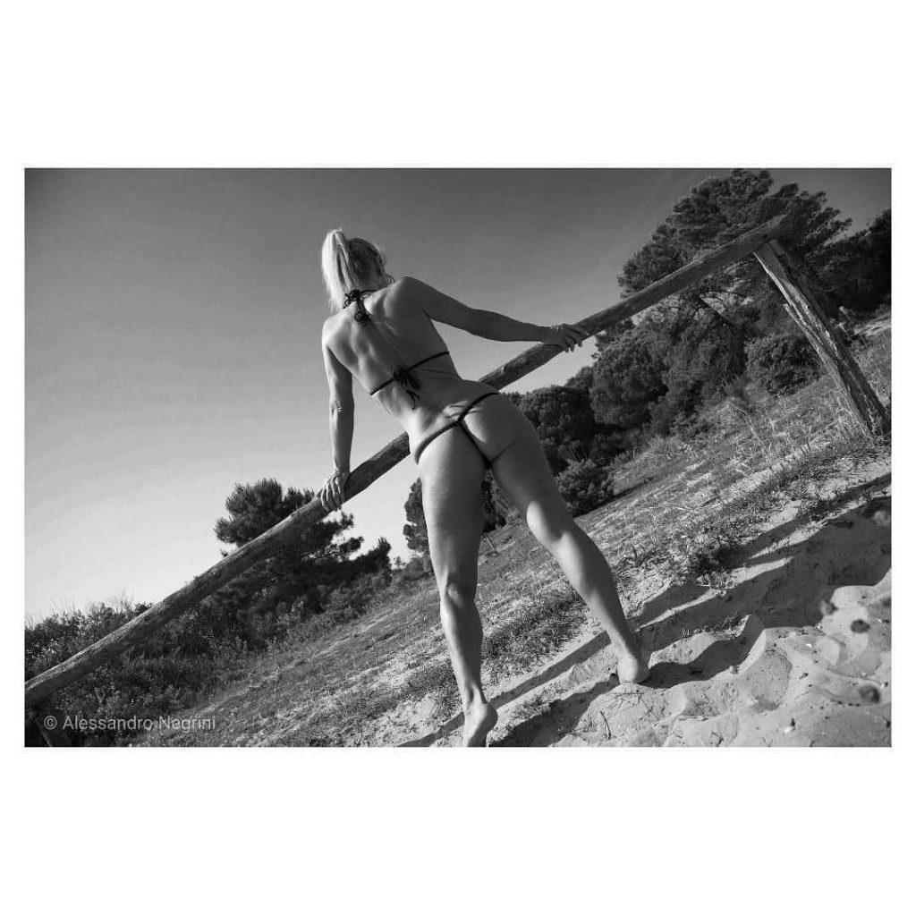 Afternoon in the lagoon! #bikini #bikinicompetitor #bikinifitness #bikinimodel #bikinigirl #bikinilife #bikiniseason #bikiniready #sexybikini #bikinicompetition #bikinilovers #beach #beachlife #beachbody #beachday #beaches #beachwear #beachtime #beachparty #beachgirl #thebeach #summer #summertime #microminimus #wickedweasel