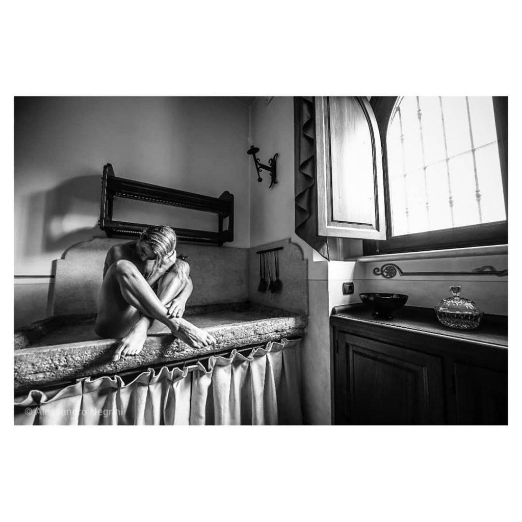 In The Afternoon! #blackandwhite #bnw #monochrome #monoart  #bnw_society #bw_lover #bw_photooftheday #photooftheday #bw #bw_society #bw_crew #bwwednesday #bwstyles_gf #irox_bw #bwstyleoftheday #monotone #monochromatic #noir #fineart_photobw #dark #darkbeauty #autumn #reportrait #repost #luxury #resort #nudeshoot #nudesgirls #nudephotography #nude