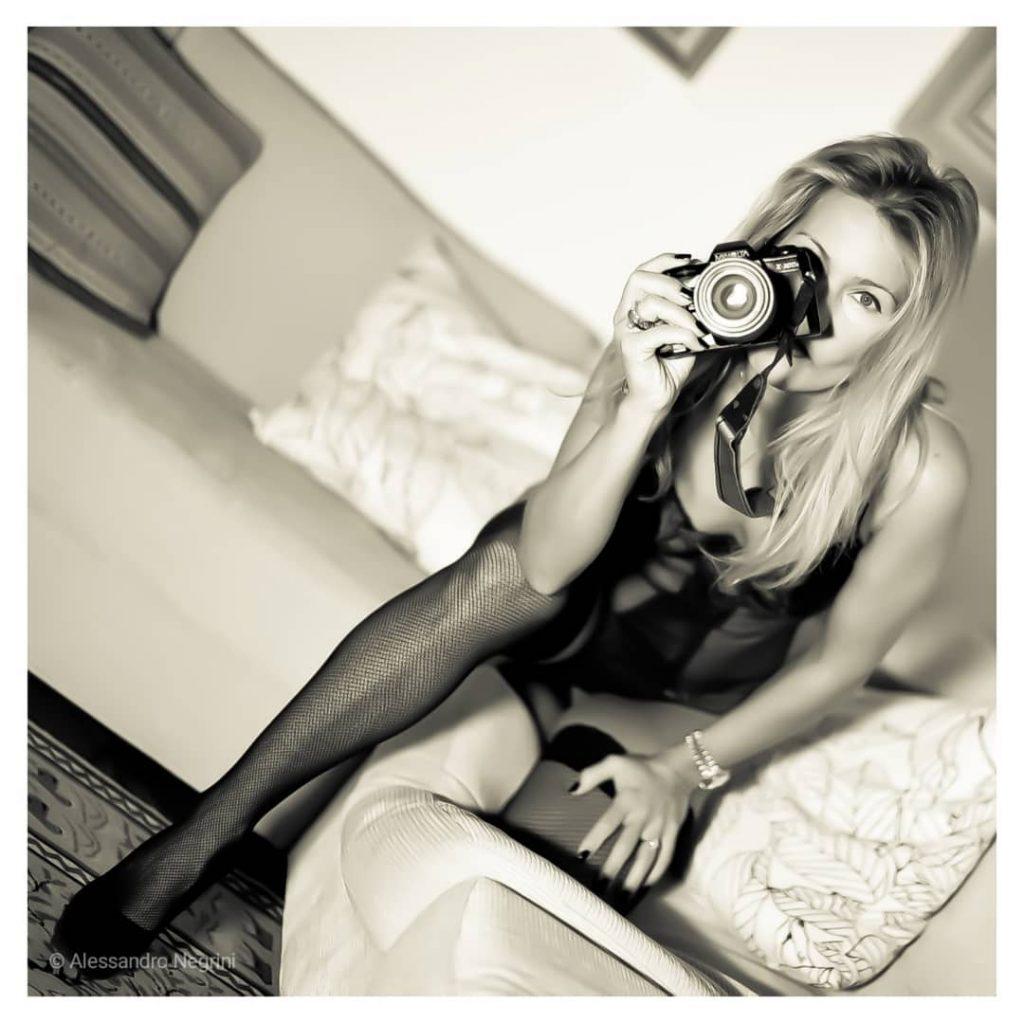 Shooting in the Night #blackandwhite #bnw #monochrome #noir #bnwphotography #portrait #reportrait #lingerie #lingeriemodel #lingeriesexy #stocking #shoes #minolta #reflex #portrait