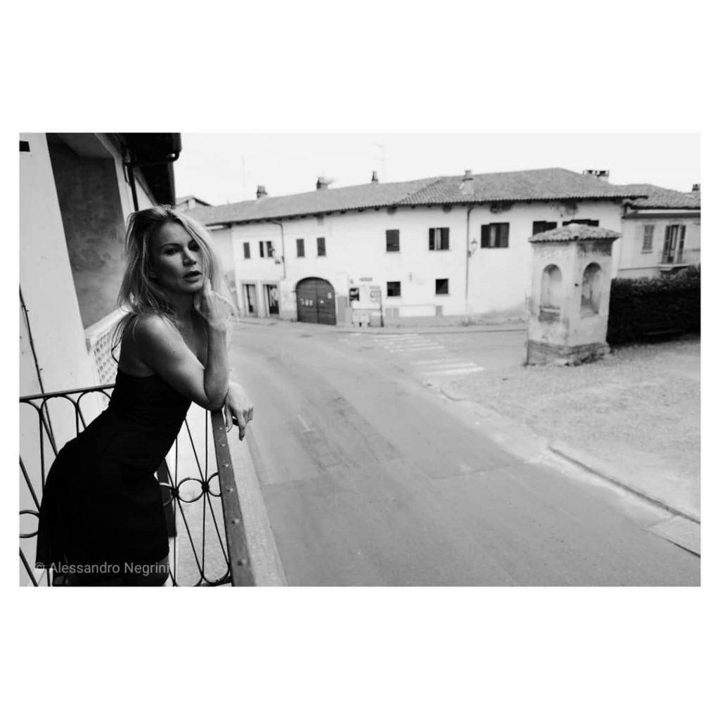 A day with @andreasapienzaa !#blackandwhite #bnw #monochrome #monoart #bw #monotone #monochromatic #noir #fineart_photobw #portrait #portraitphotography #portraitphotographer #portrait_shots