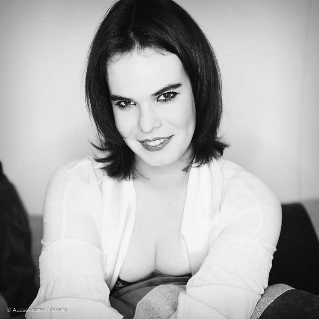 She is Giulia! #blackandwhite #bnw #monochrome #monoart #bw #monotone #monochromatic #noir #portraits #reportrait